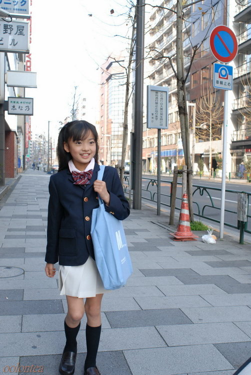 The 1001 Girls: 河西莉子